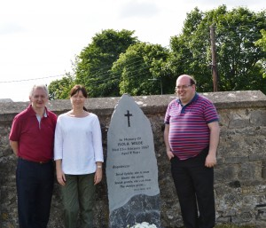Matt Farrell, Angela Kingston & John McGirll pictured at Isola Wilde's grave